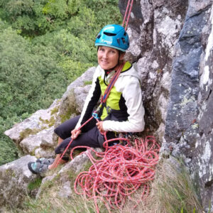 Romsey Climbers - multipitch trad at Dewerstone